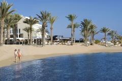 02-pioneer-beach-hotel-beach-couple_resized