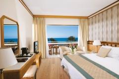 22-pioneer-beach-hotel-superior-sv_resized