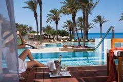 03-asimina-suites-hotel-lifestyle_resized